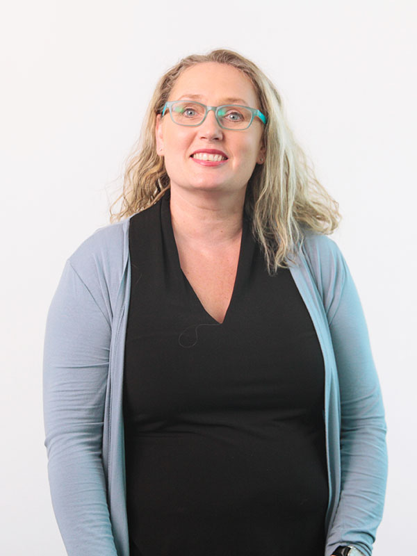 Suzanne Scully  – Bookkeeper