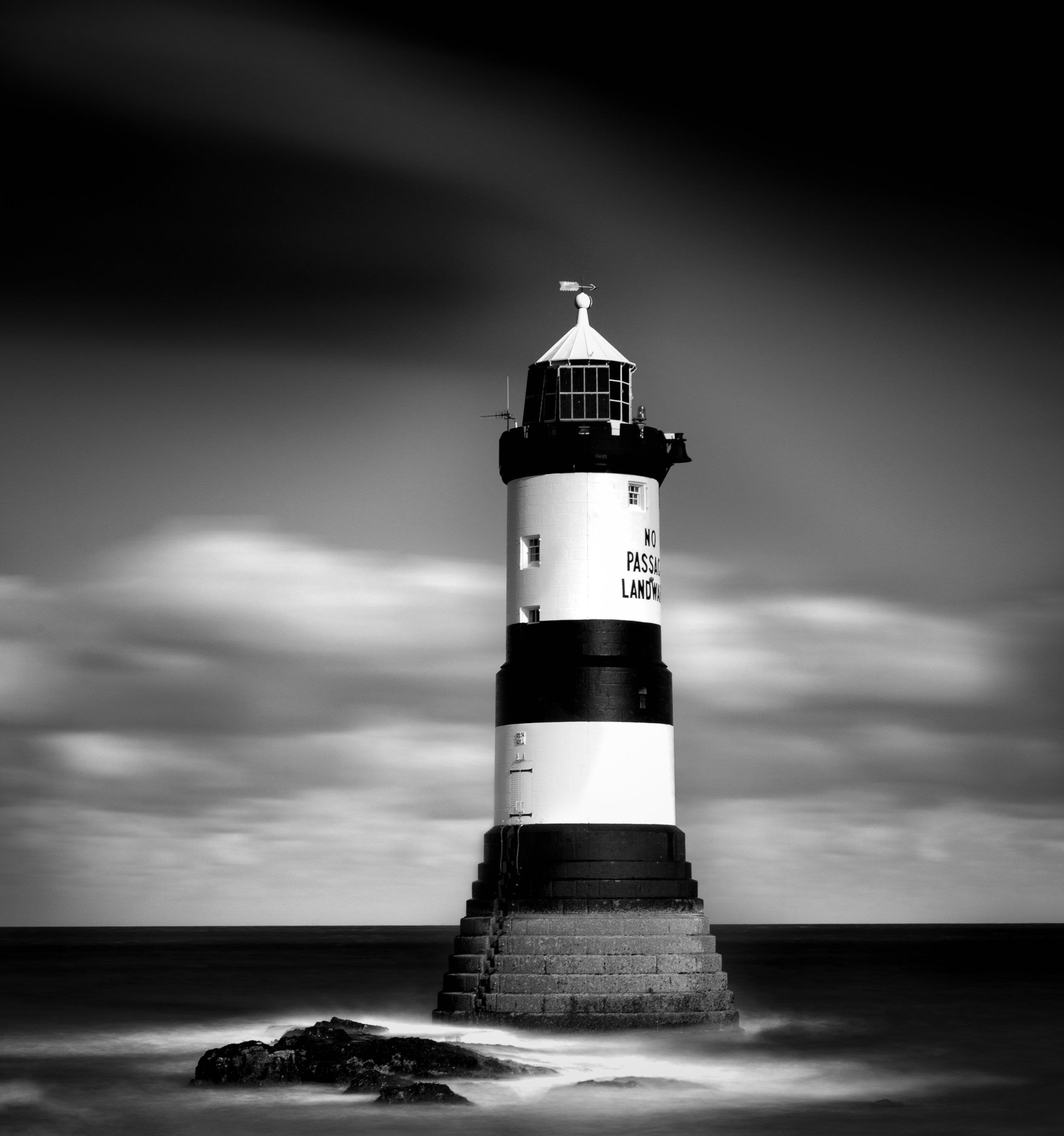 penmon lighthouse-2-Edit.jpg
