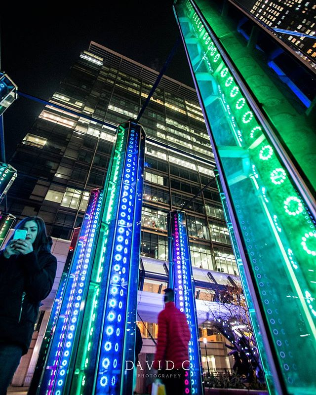 Not been out for photo walks as much lately but i will be more involved over the weeks and months.  What do you want to see next.  #davidcphotography_uk #davidcphotouk #canon #photowalk #canarywharf #winterlights #London #artwork
