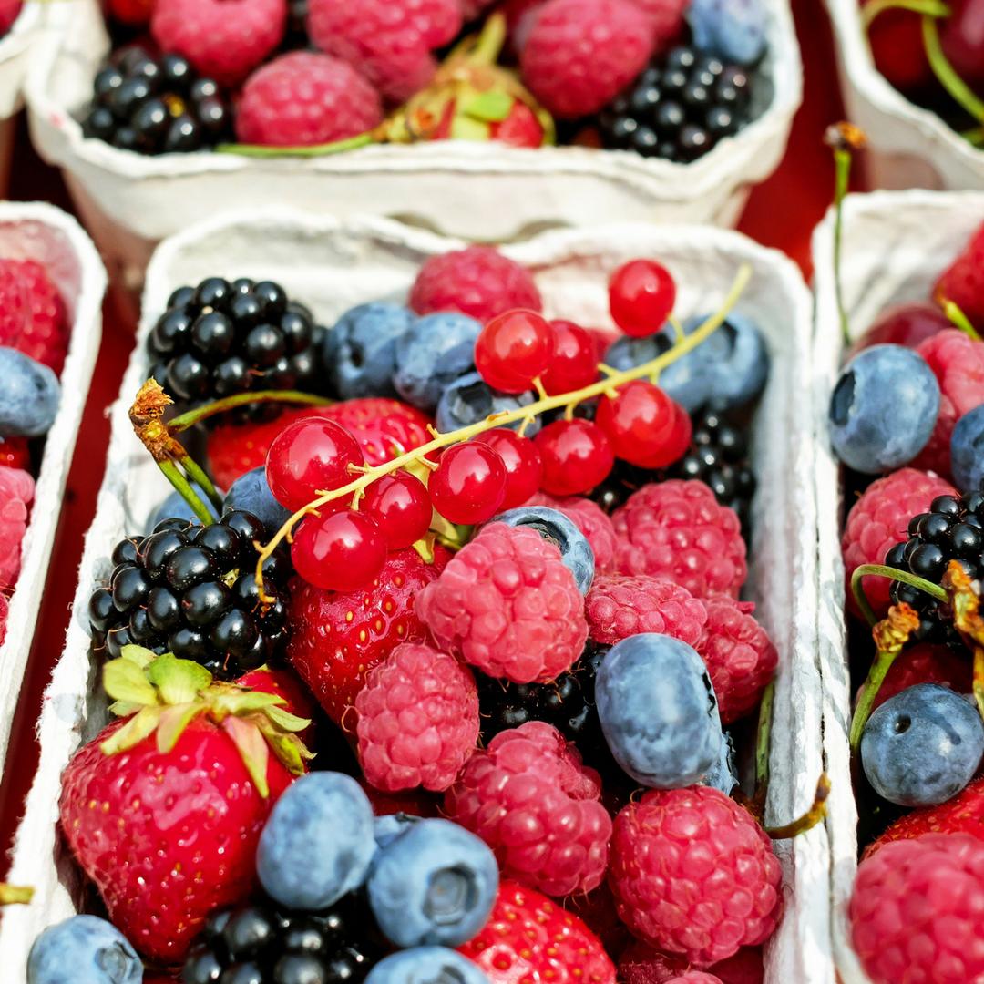 Fruit & Egg Scramble Recipe | Lean and Green Body Blog