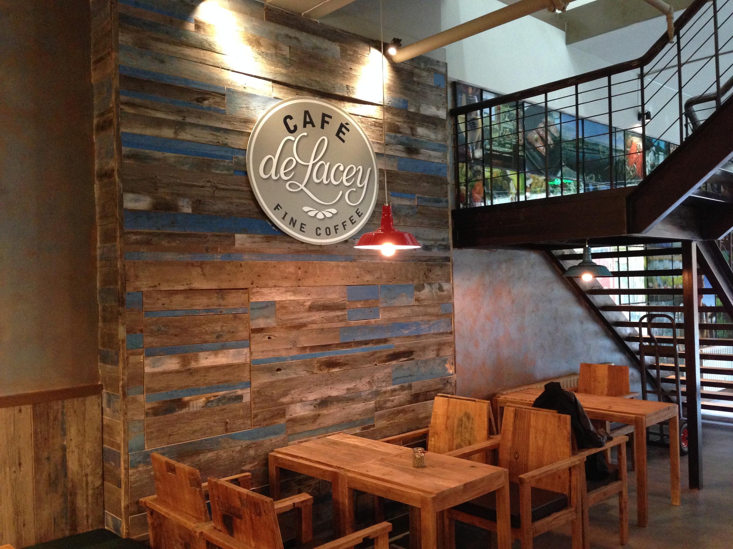 Harbin cafe1.JPG
