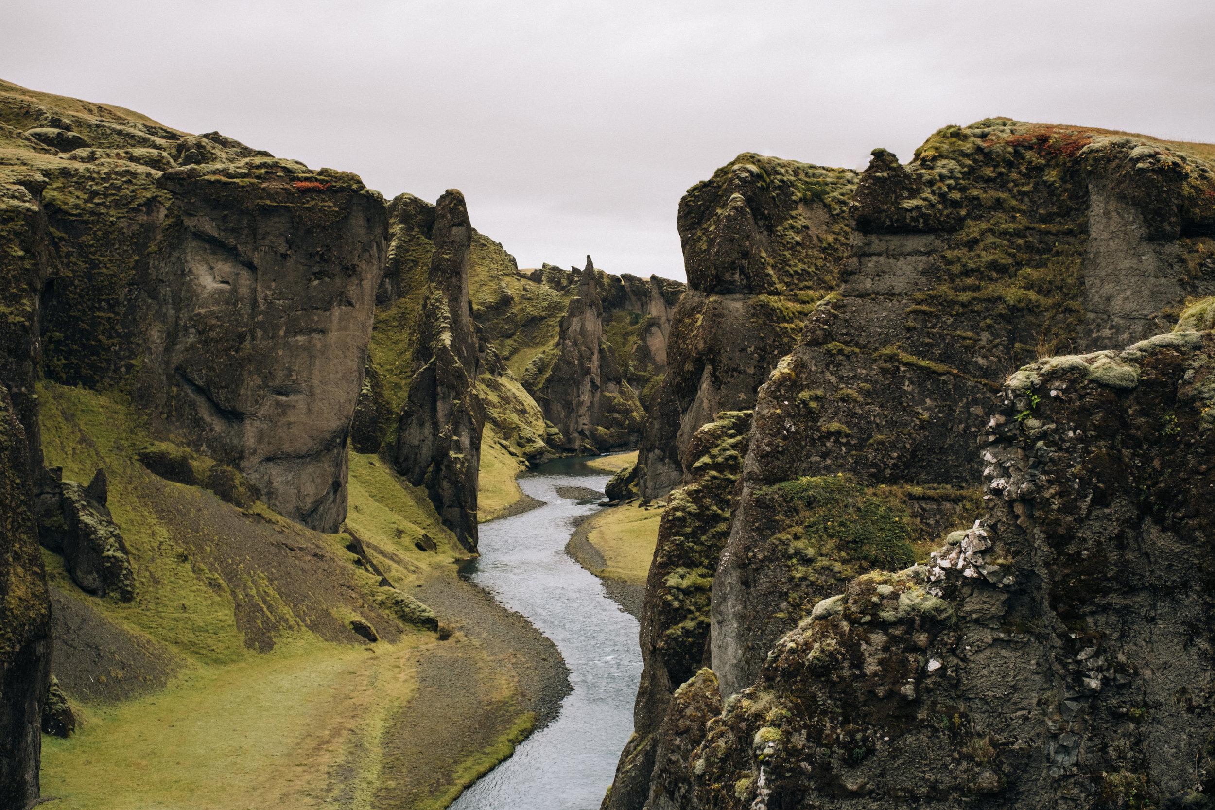 Fjaðrárgljúfur-1.jpg
