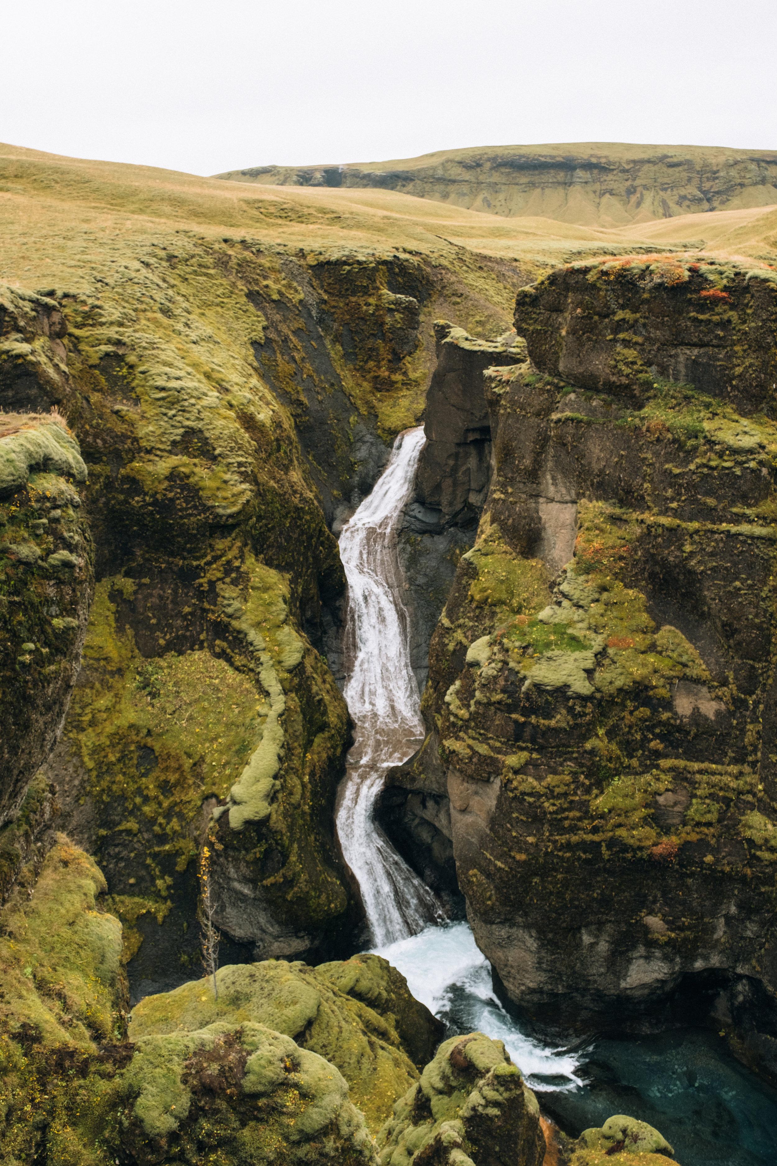 Fjaðrárgljúfur-12.jpg