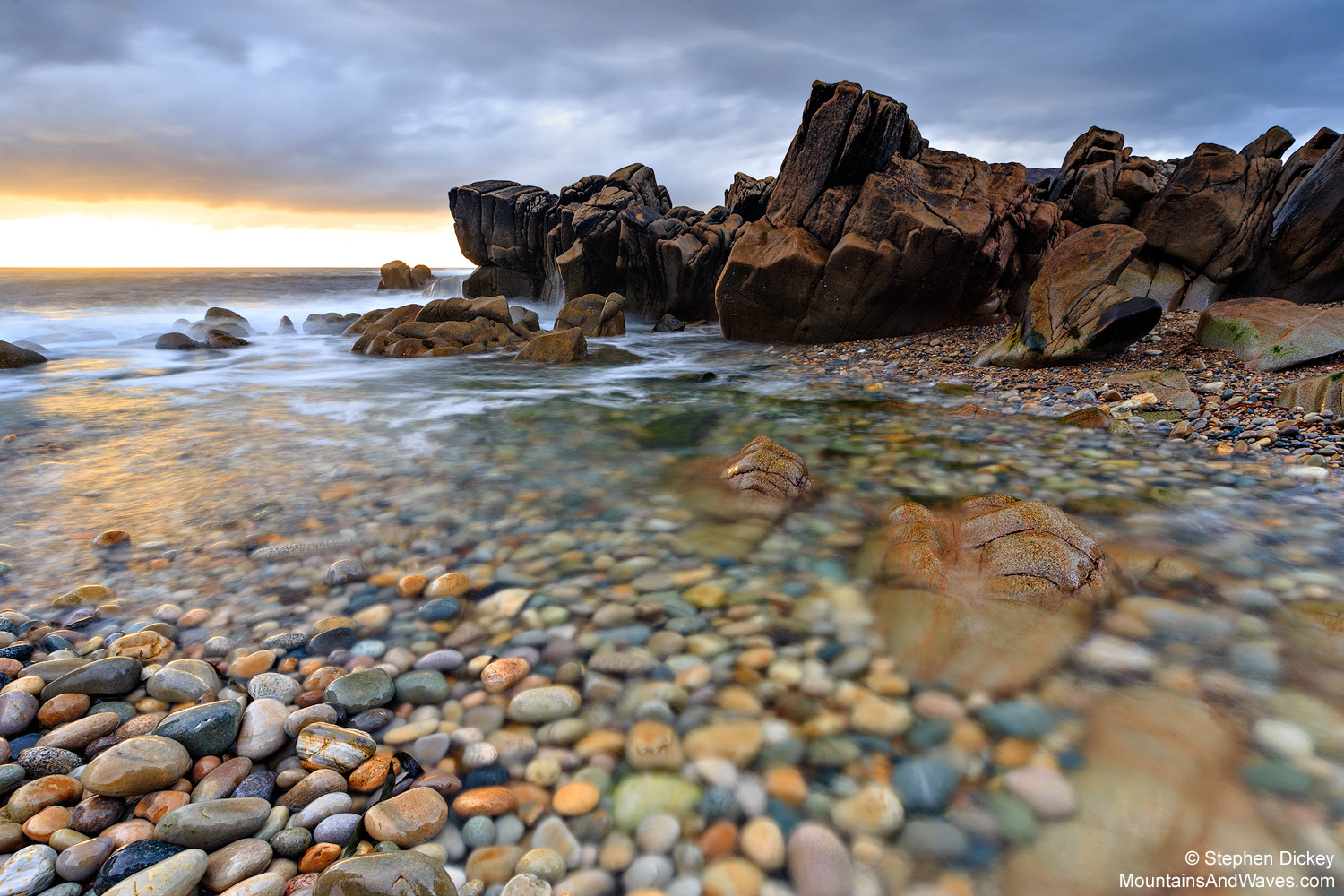 Urris, County Donegal - Irish Landscape Photography by Stephen Dickey  | Canon 6D | Canon 16-35mm L @20mm | Manfrotto 055 Carbon | Lee Polariser | Lee 1.2 graduated ND filter (soft edge) | 4s @ f16 | ISO 100 |