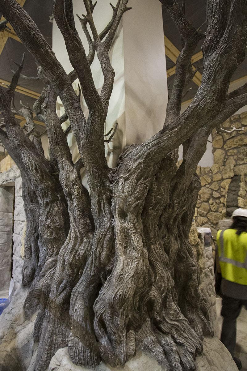 HUC-Tree-FinishSculpt-Painted1.jpg