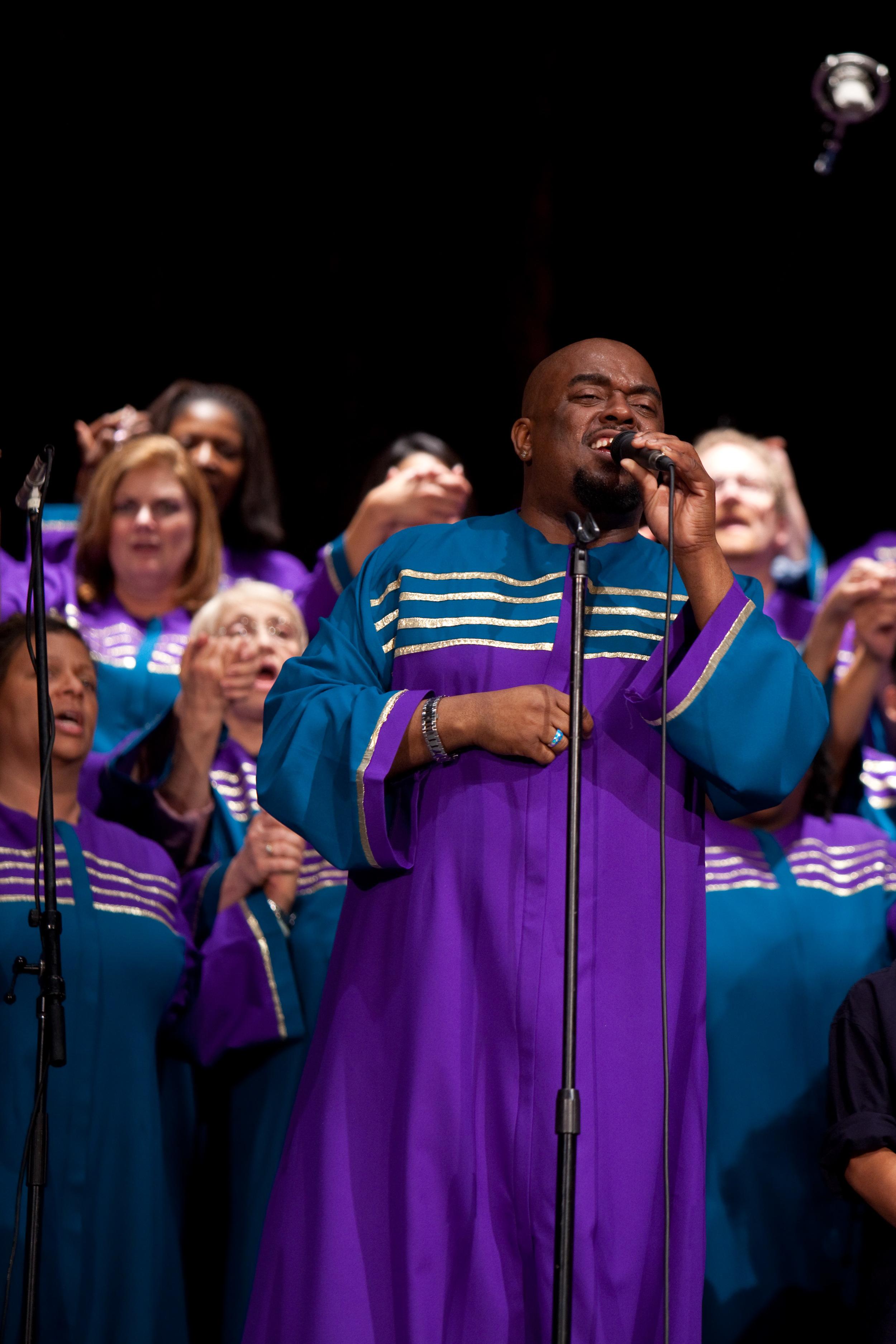 Terrance Kelly & Oakland Interfaith Gospel Choir