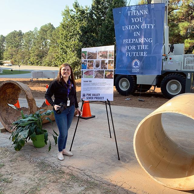 We love a new job with new ~opportunities~ and ~experiences~ like designing for, and photographing, a sewer line ribbon cutting 💩🤗📸 (but actually it's all great and new job is going very well!) #JessLovesATL