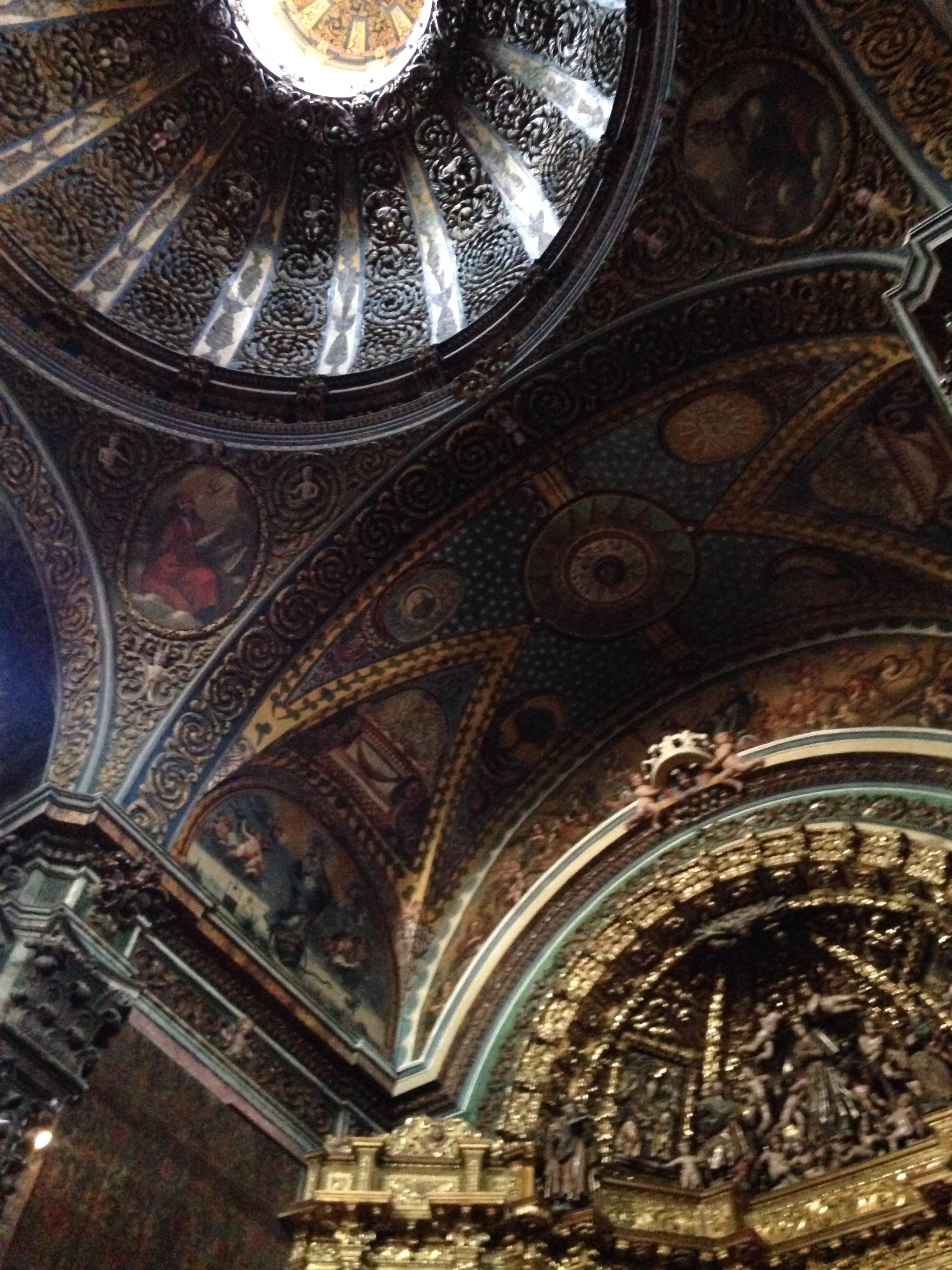Gorgeous Iglesia de Santa Maria, Los Arcos