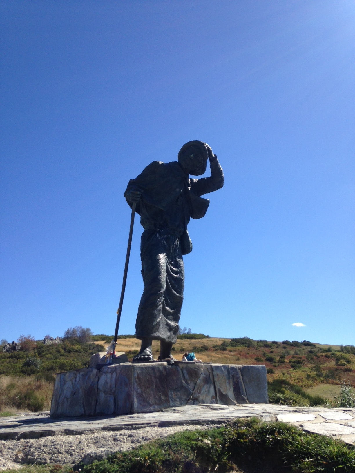 The Monumento do Peregrino looks out over the sweeping Galician view on the Alto San Roque.