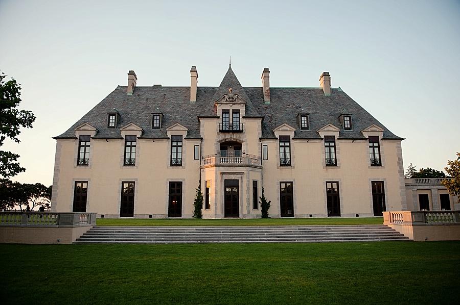 Oheka_Castle_Long_Island_Wedding_Venues_005.jpg