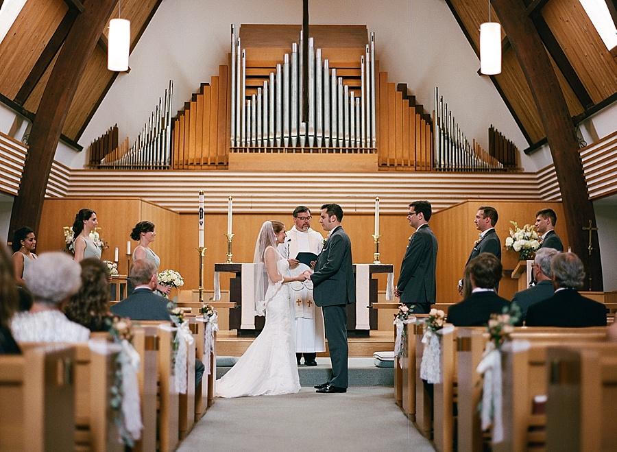 Stone_House_Stirling_Ridge_NJ_Wedding_JJ_014.jpg