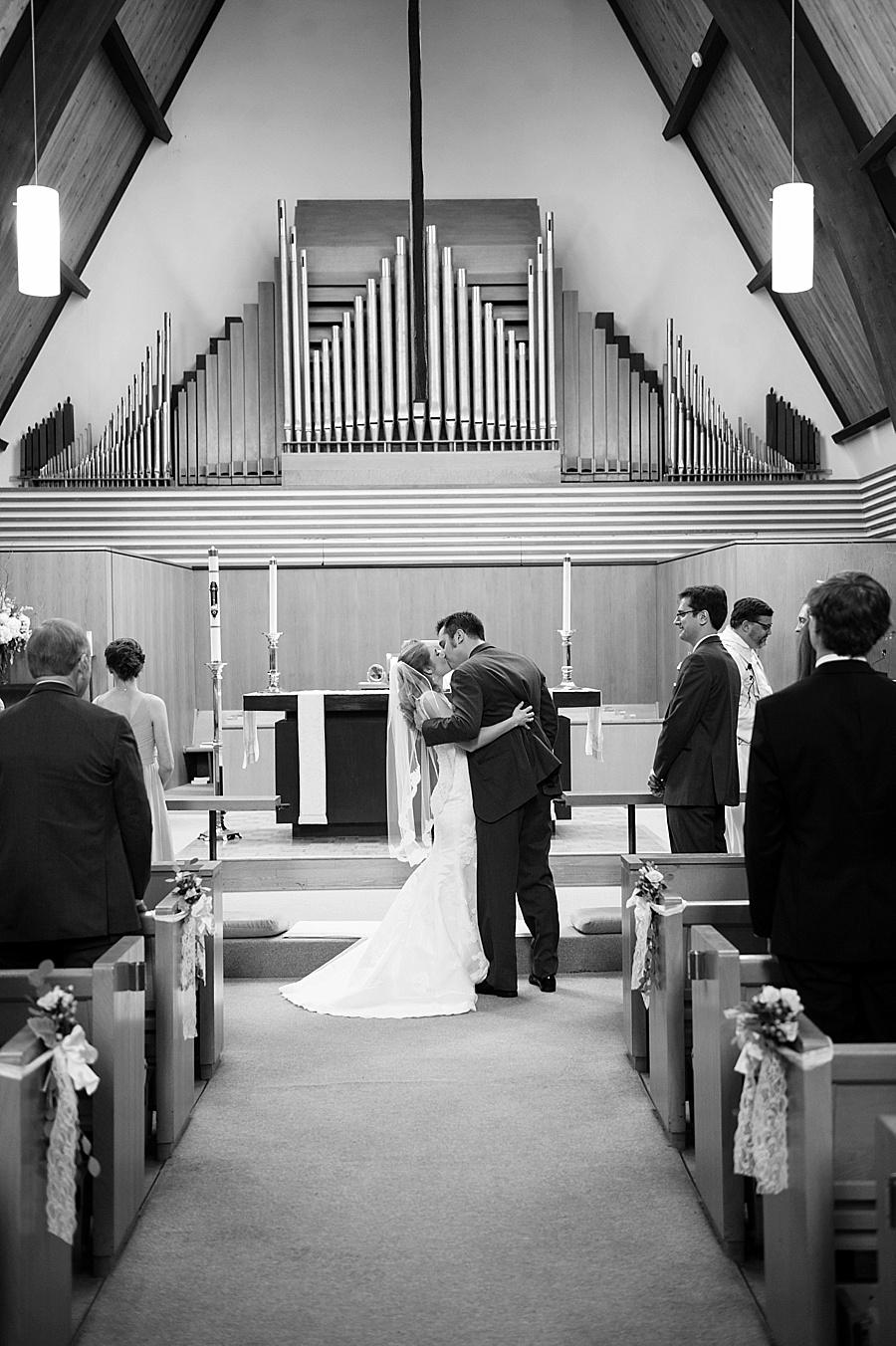 Stone_House_Stirling_Ridge_NJ_Wedding_JJ_020.jpg