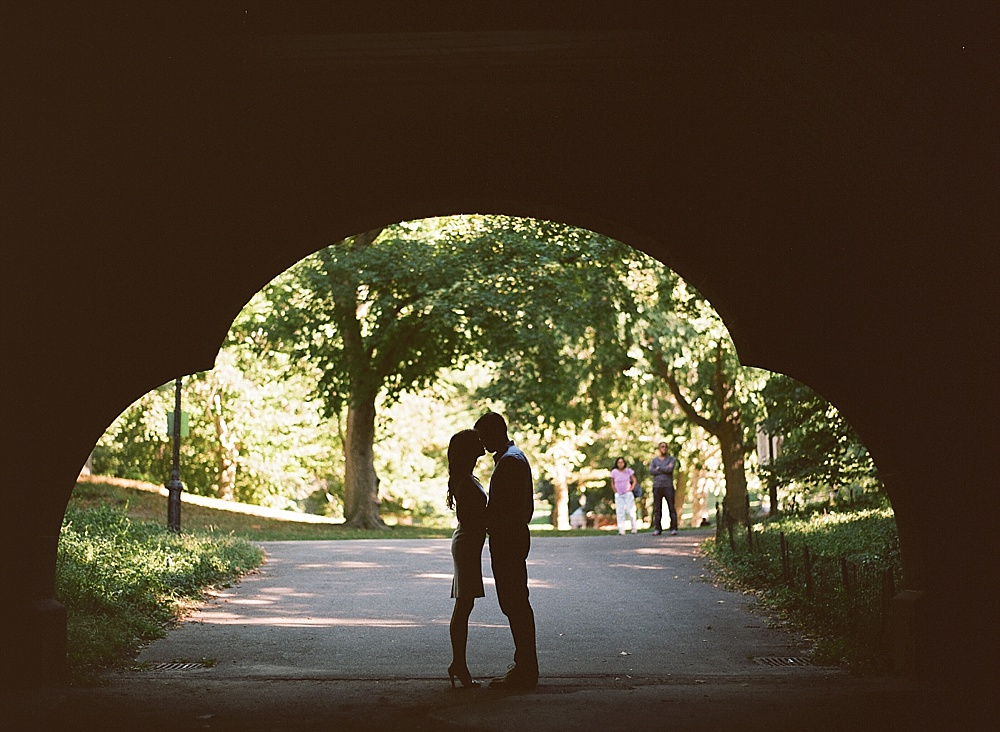 NYC_Central_Park_Engagement_Photos_AA_020.jpg