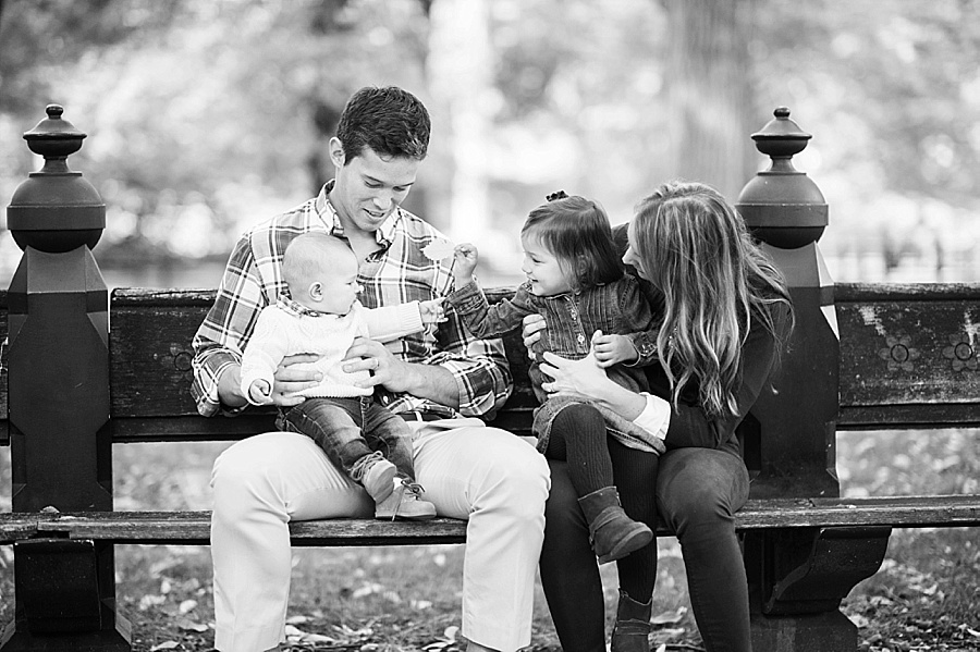 Central_Park_NYC_Family_Session_KN_005.jpg