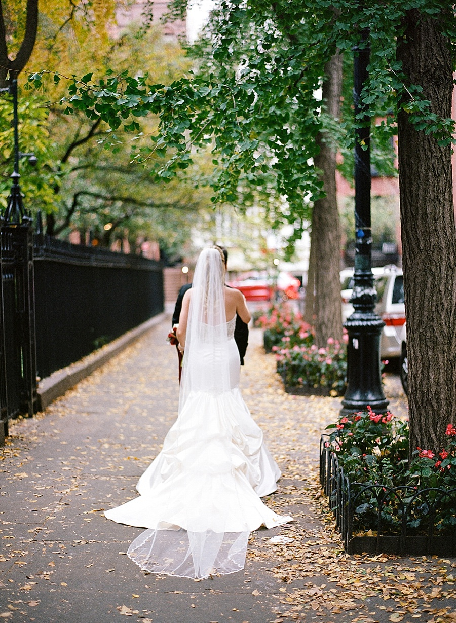 GRAMERCY_PARK_HOTEL_NYC_ROOFTOP_WEDDING_MT_010.jpg