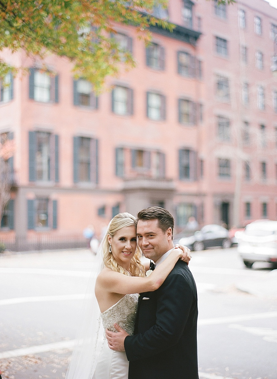 GRAMERCY_PARK_HOTEL_NYC_ROOFTOP_WEDDING_MT_015.jpg