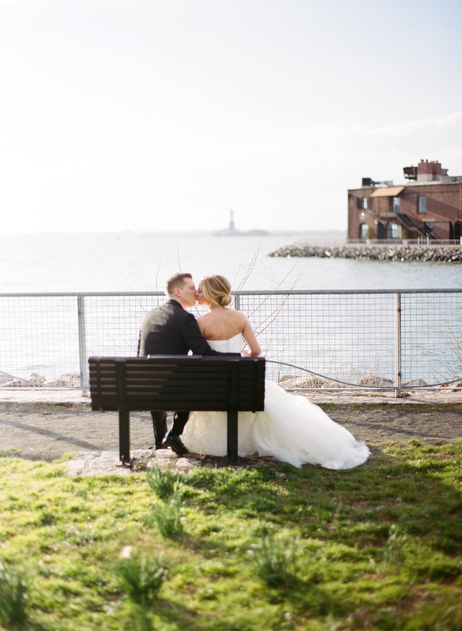 RKP_LIBERTY_WAREHOUSE_BROOKLYN_WEDDING_NYC_036.jpg