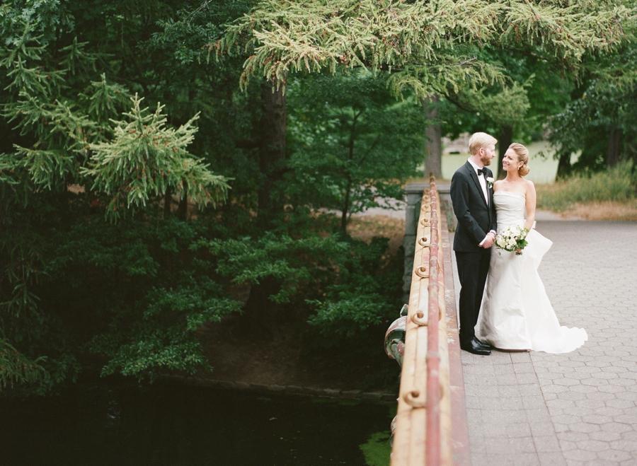 RKP_Prospect_Park_Boathouse_Brooklyn_Wedding_SW_011.jpg