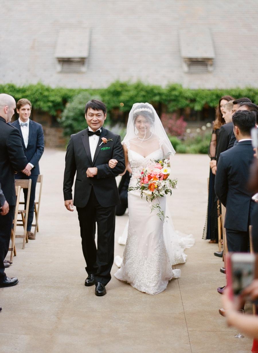 RKP_BLUE_HILL_AT_STONE_BARNS_WESTCHESTER_WEDDING_VENUE_0029.jpg
