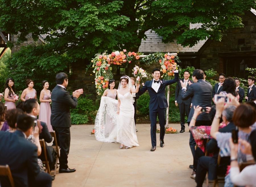 RKP_BLUE_HILL_AT_STONE_BARNS_WESTCHESTER_WEDDING_VENUE_0032.jpg