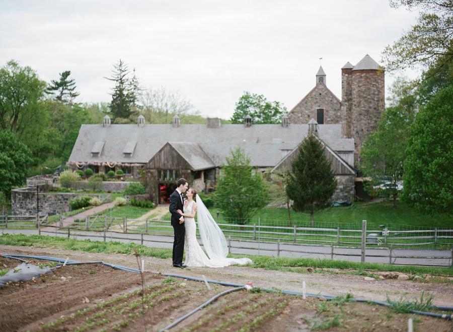 RKP_BLUE_HILL_AT_STONE_BARNS_WESTCHESTER_WEDDING_VENUE_0039.jpg