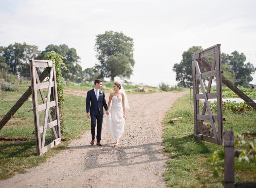 RKP_BLUE_HILL_AT_STONE_BARNS_WESTCHESTER_WEDDING_VENUE_0047.jpg