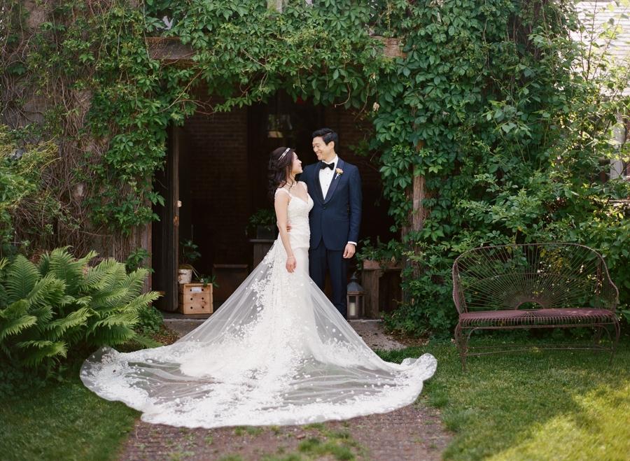 RKP_BLUE_HILL_AT_STONE_BARNS_WESTCHESTER_WEDDING_VENUE_0049.jpg