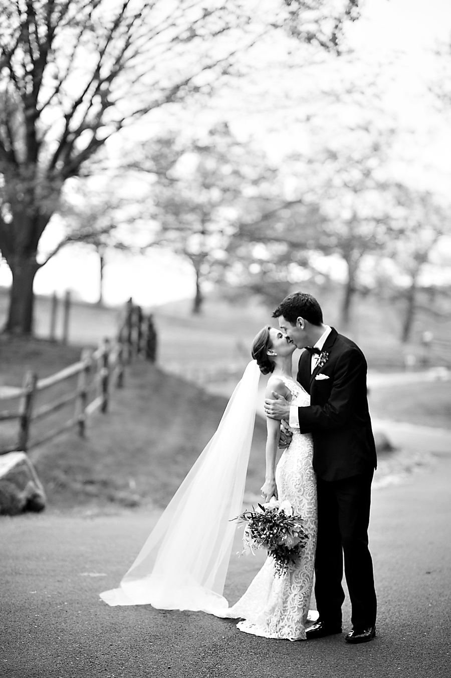 RKP_BLUE_HILL_AT_STONE_BARNS_WESTCHESTER_WEDDING_VENUE_0051.jpg