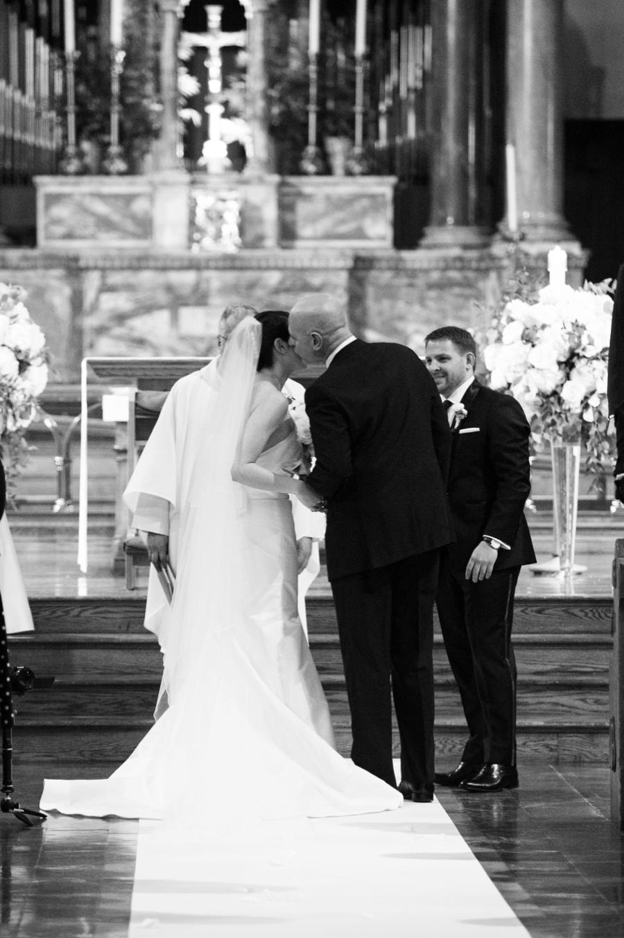 Le_Parker_Meriden_NYC_Rainy_Day_Wedding_TB_0012.jpg
