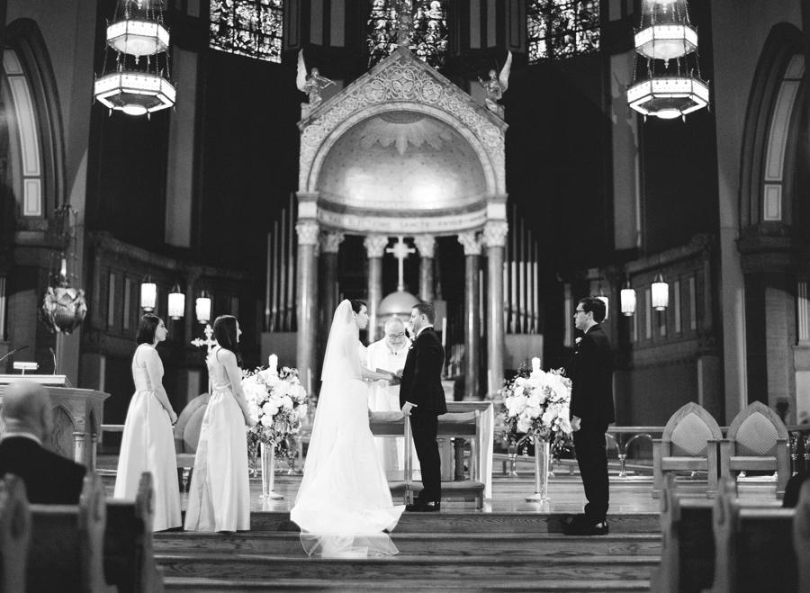 Le_Parker_Meriden_NYC_Rainy_Day_Wedding_TB_0022.jpg