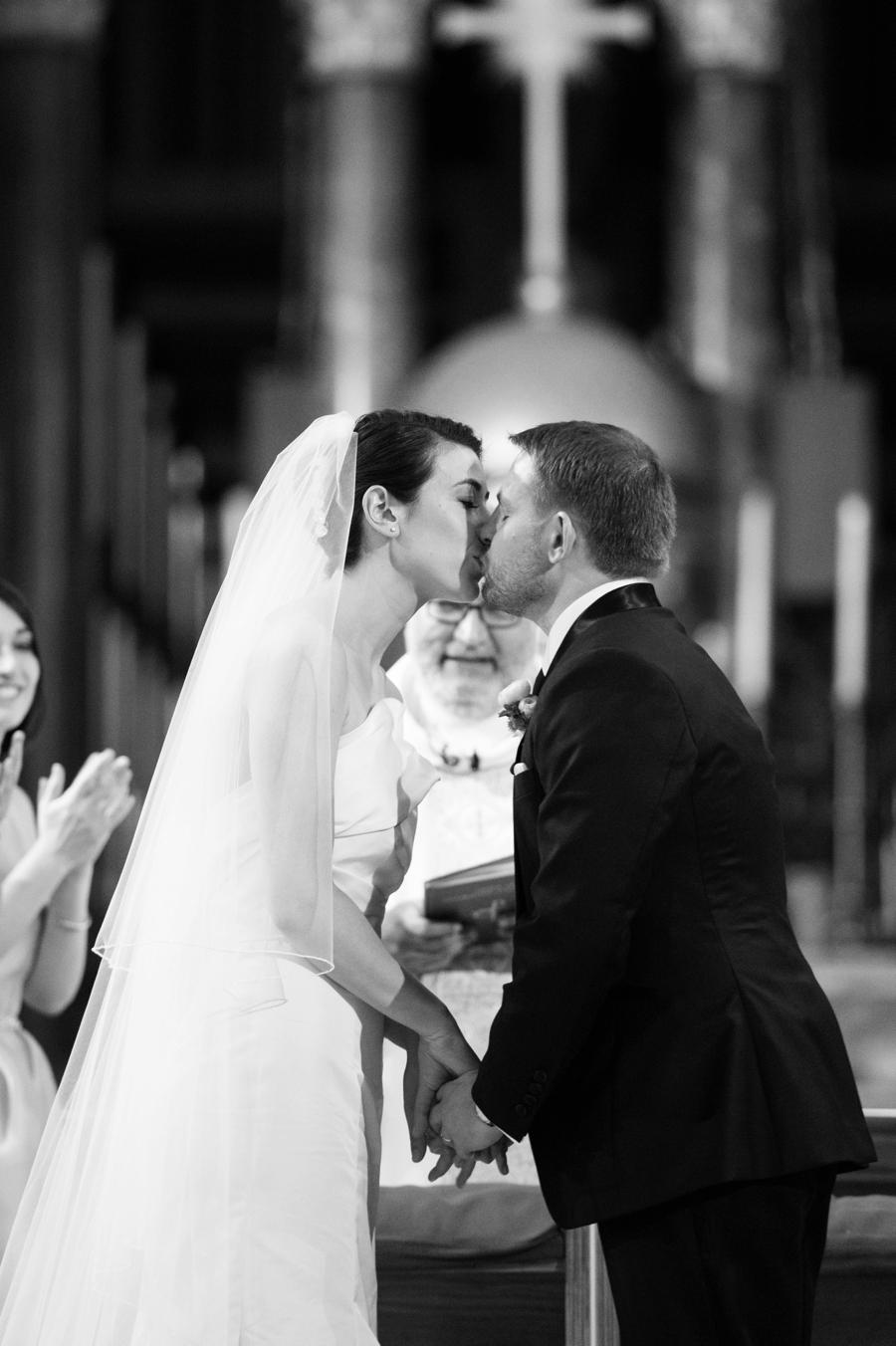 Le_Parker_Meriden_NYC_Rainy_Day_Wedding_TB_0026.jpg