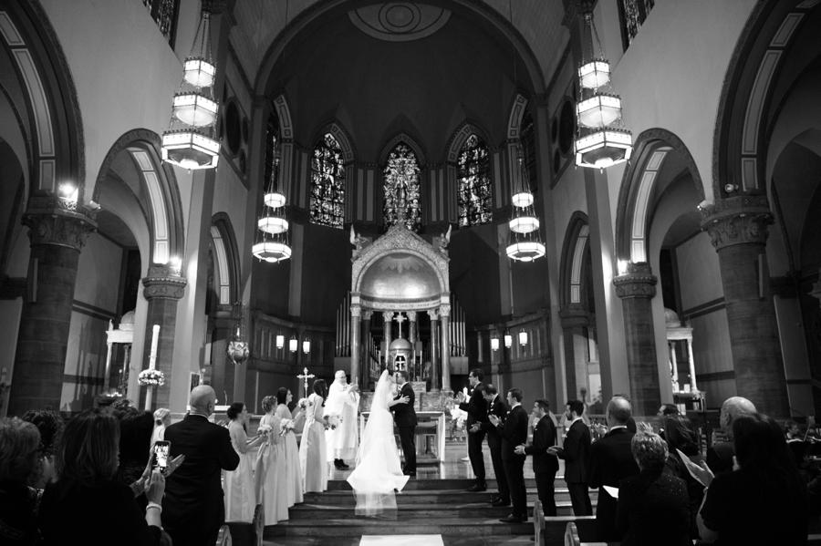 Le_Parker_Meriden_NYC_Rainy_Day_Wedding_TB_0028.jpg