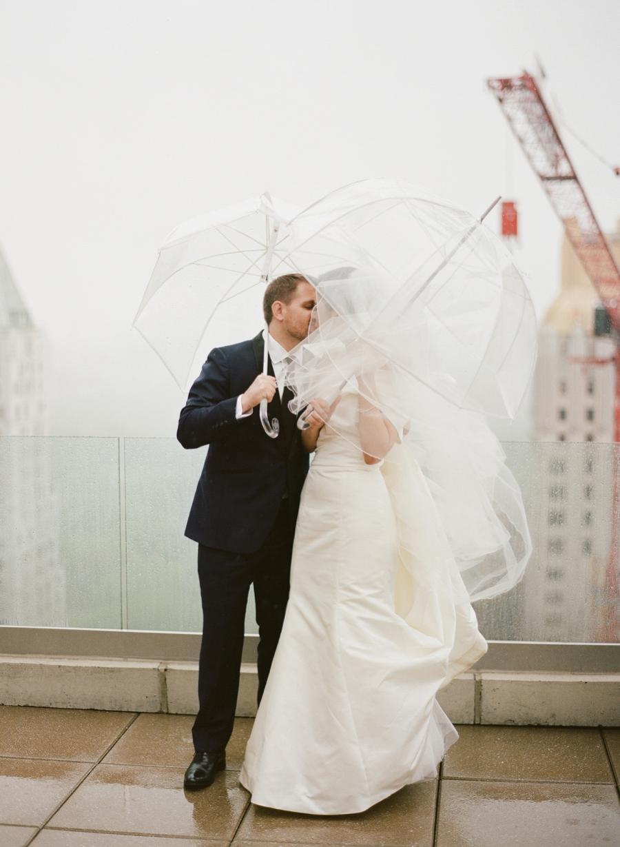 Le_Parker_Meriden_NYC_Rainy_Day_Wedding_TB_0036.jpg