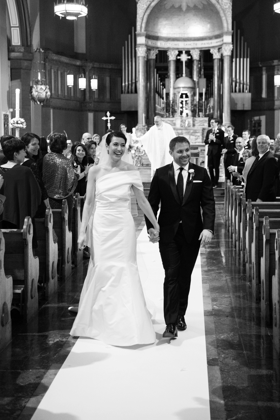 Le_Parker_Meriden_NYC_Rainy_Day_Wedding_TB_0029.jpg