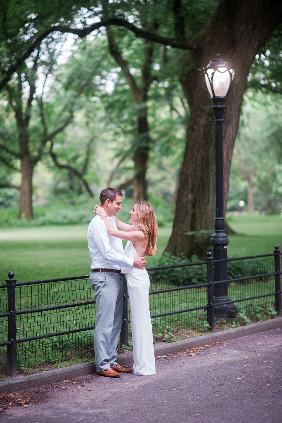 NYC_Central_Park_Engagament_Photos_JS_16.jpg