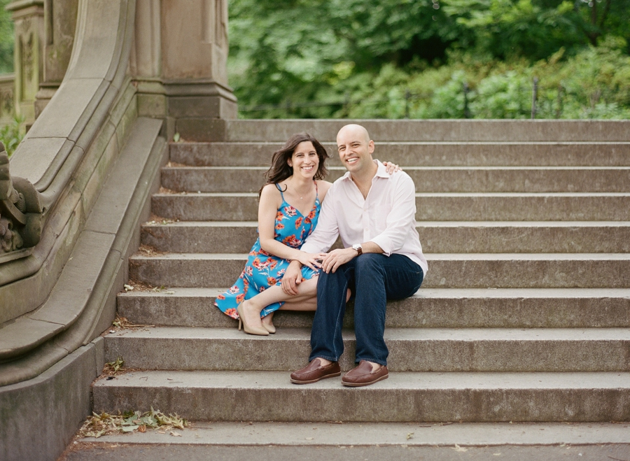 Central_Park_Engagement_Session_NYC_AN_07.jpg