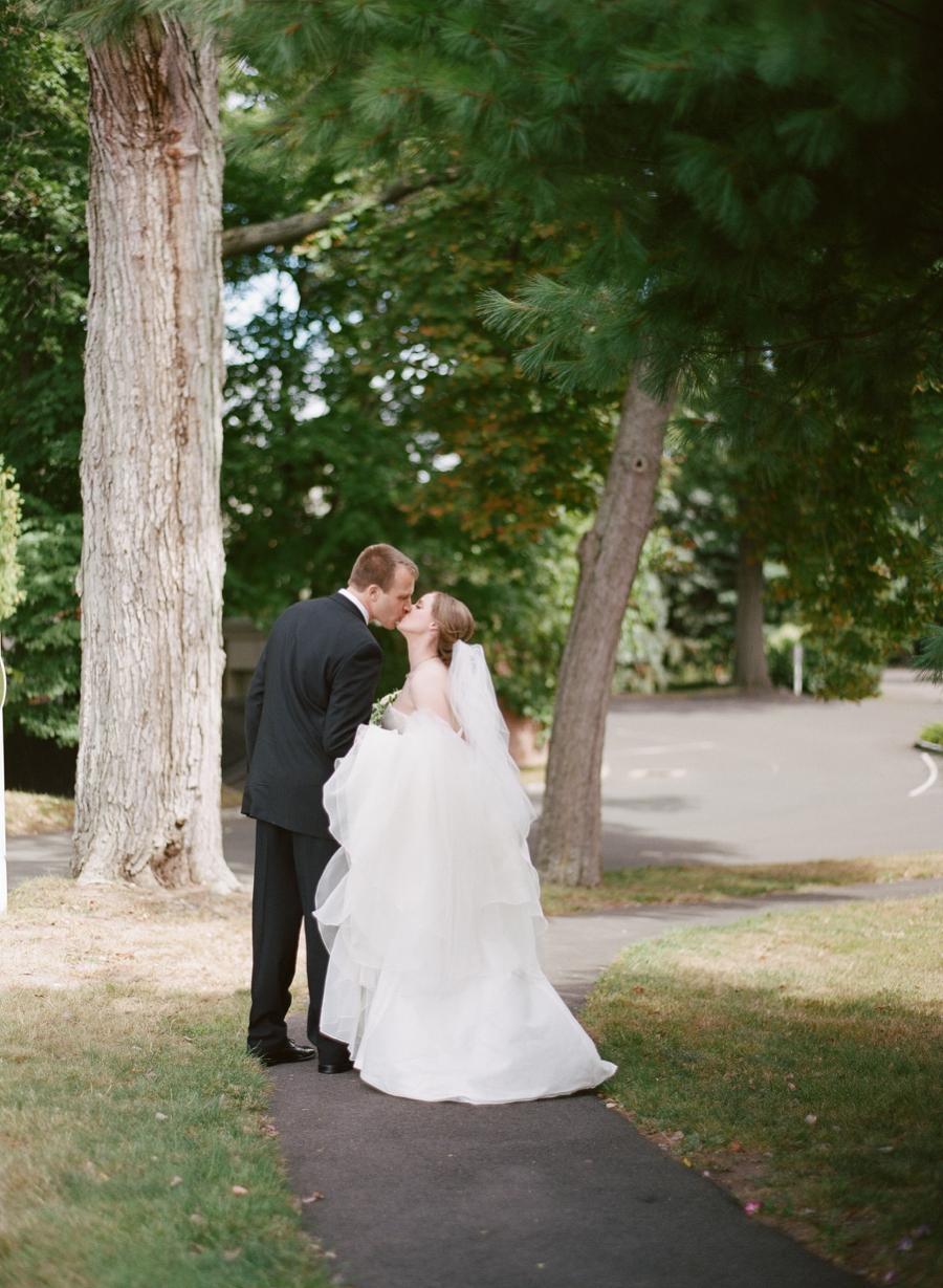 New_Haven_Lawn_Club_CT_Wedding_JI_014.jpg