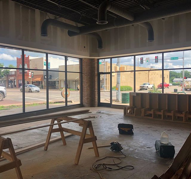 """You can't hurry love or pizza.  Especially pizza"" (Snoopy). @craftpiespizza  in Durant is headed toward the finish line and man are we ready for the goodness!  #pizza #durant #getinmybelly #bodybypizza @durantmainst"