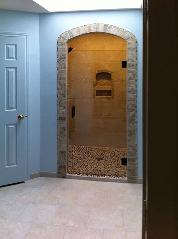 Frameless Single Shower Door