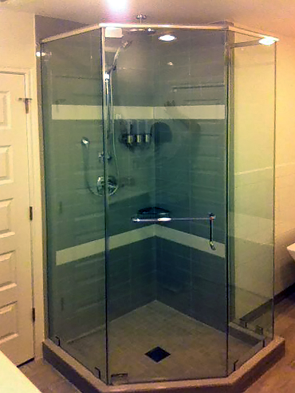 Neo_Angle_Shower_Doors_Enclosures_12.jpg