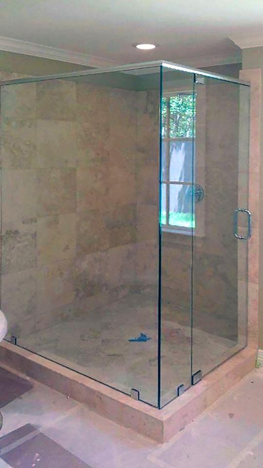 90_Degree_Frameless_Glass_Shower_Enclosure_26.jpg