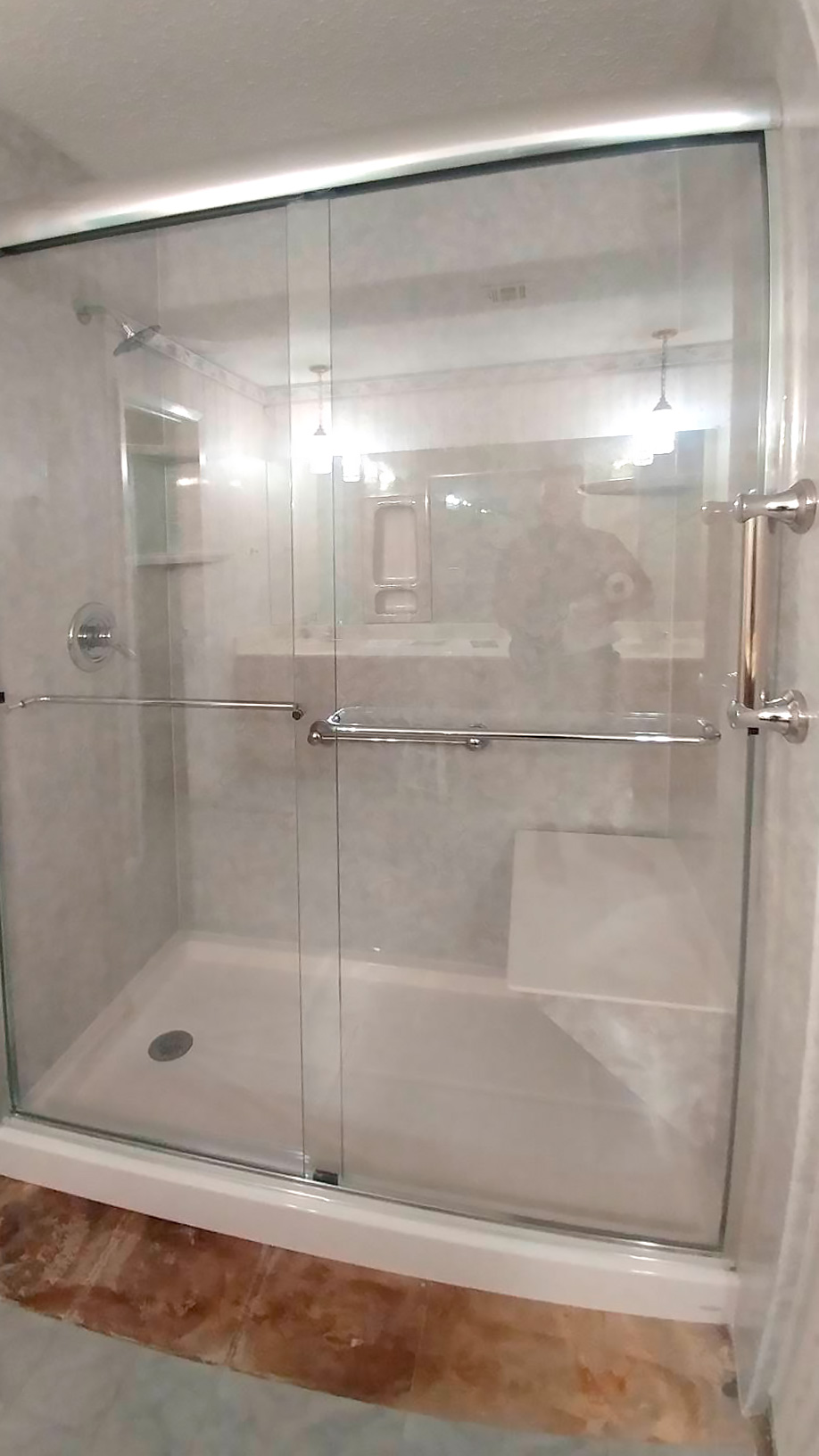 DK Sliding Shower Door