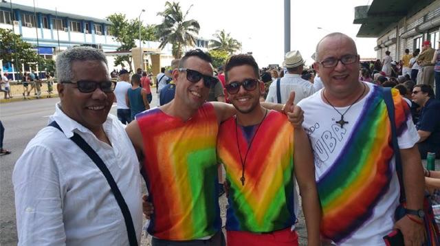 Making friends at Havana Pride (2017)