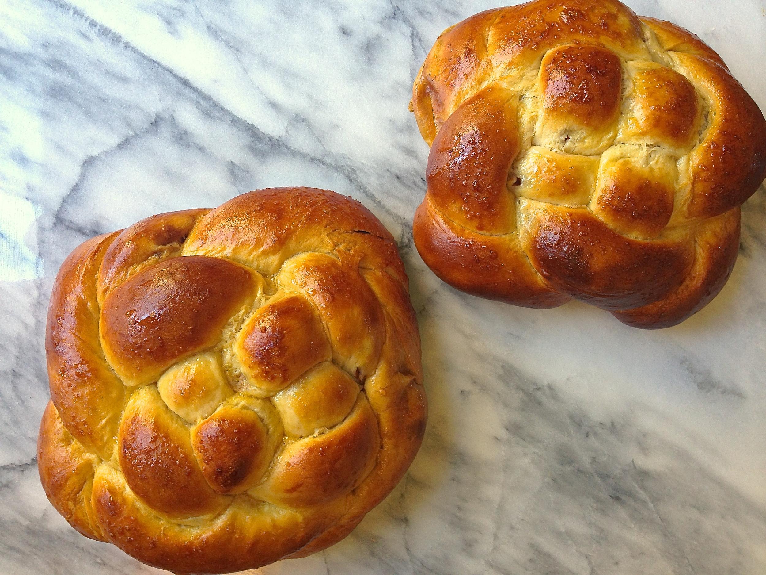 Whole Wheat Cinnamon Apple Challah Bread | Kneading Home
