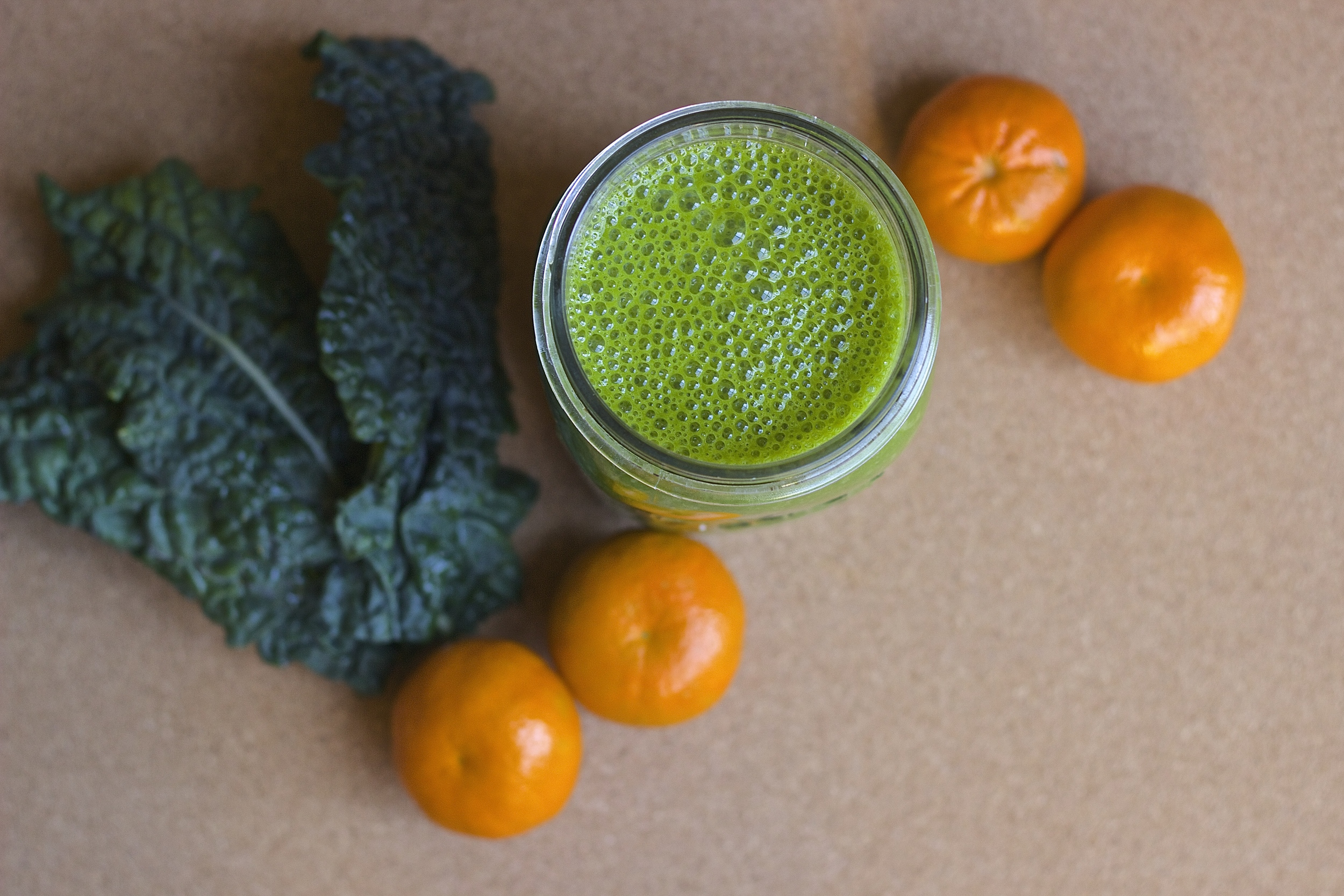 Green Citrus Smoothies {vegan} | Kneading Home