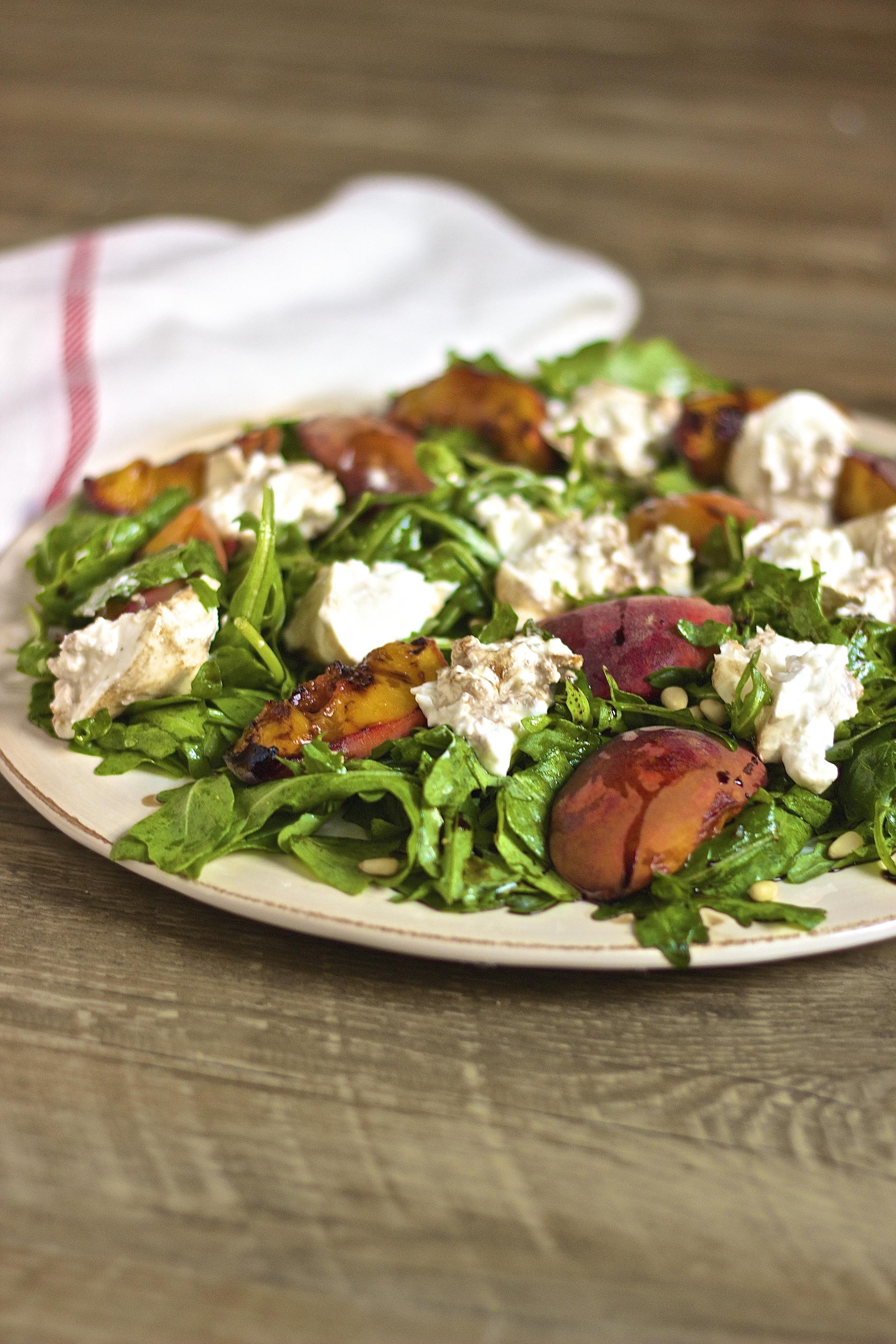 Grilled Peach + Burrata Salad | www.KneadingHome.com