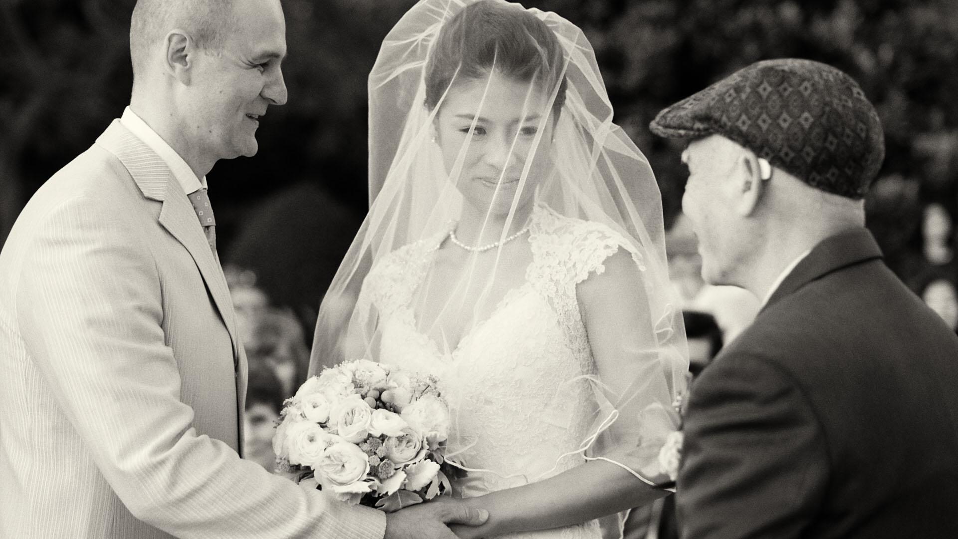 wedding_video_02.jpg
