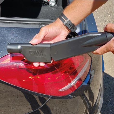 Sæt adapteren på bilvaskens støvsugermundstykke