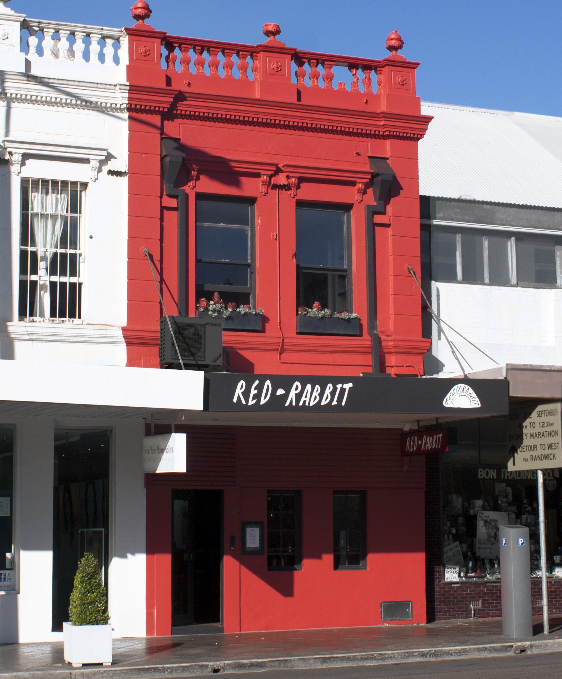 RED RABBIT  - facade