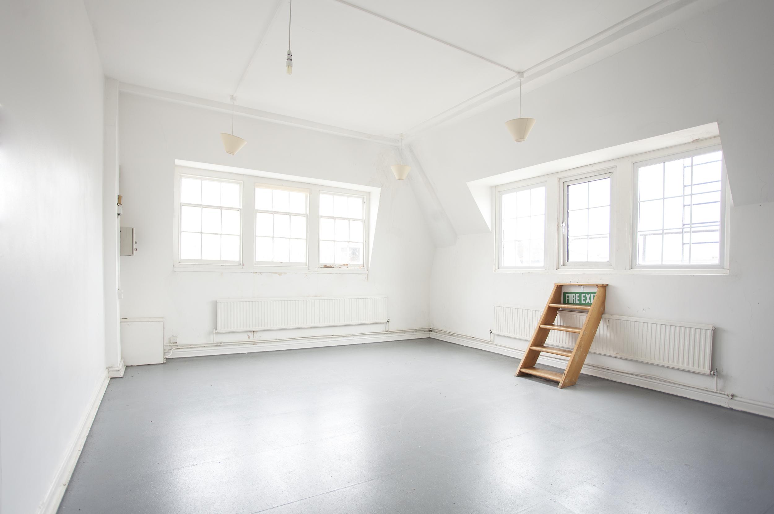 Corner-Studio-W.jpg